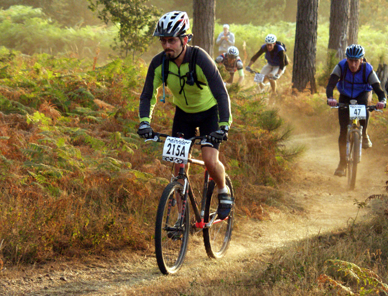 Mountain-bike-racing